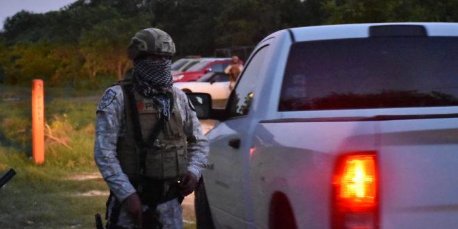 Peligrosas fugas de gas en ducto de petróleos mexicanos en la Península de Atasta